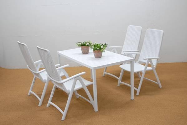 Bilde av Nardi Darsena sett 4 posisjonsstoler+ bord 140x80 cm - hvit