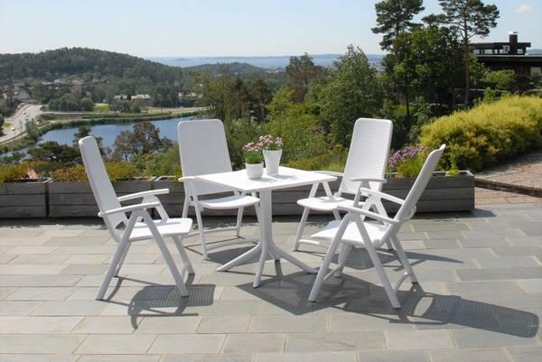 Bilde av Nardi Darsena sett 4 posisjonsstoler+bord 80x80 cm - hvit